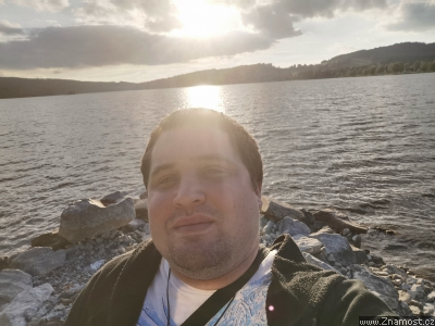 Uivatel otrockacubka, mu, 41 let, Klterec nad Oh