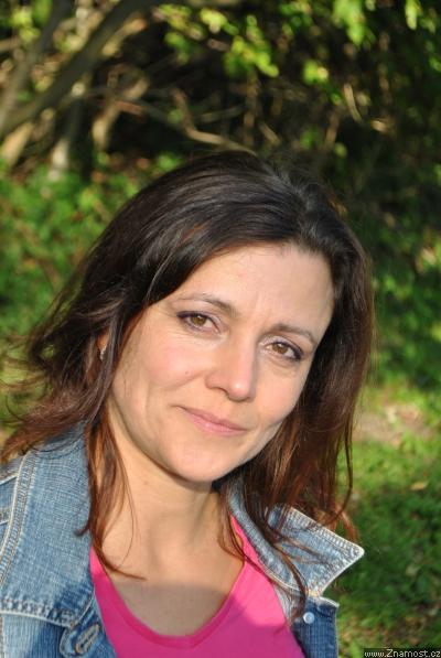 Julianne Hough z roku 2014